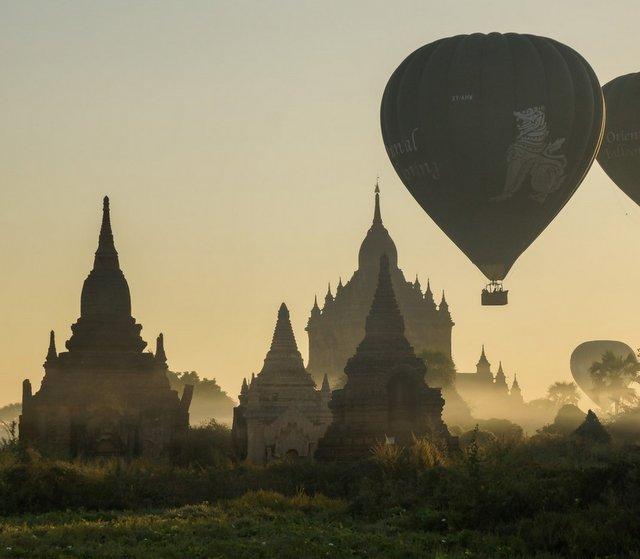 Oriental Ballooning (Bagan)